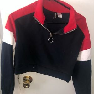 H&M CROPPED SWEATER ZIP UP